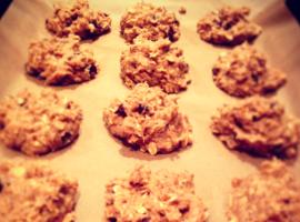 Banana-Oatmeal-Chocolate-Chip-Cookies-1